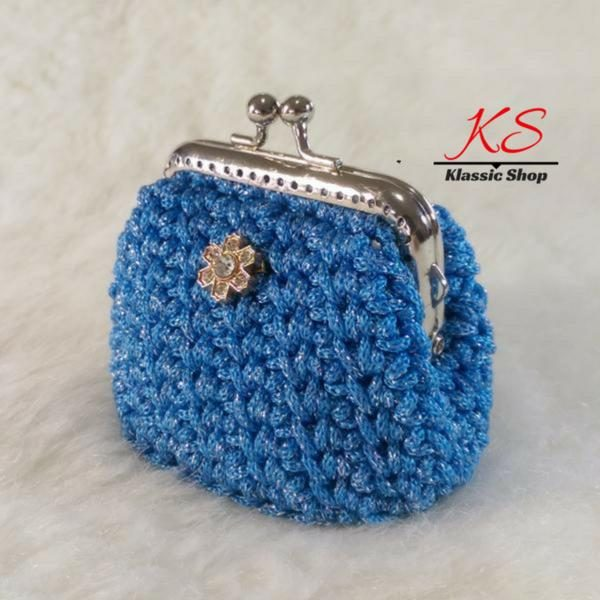 Blue-light mini crochet coin purse